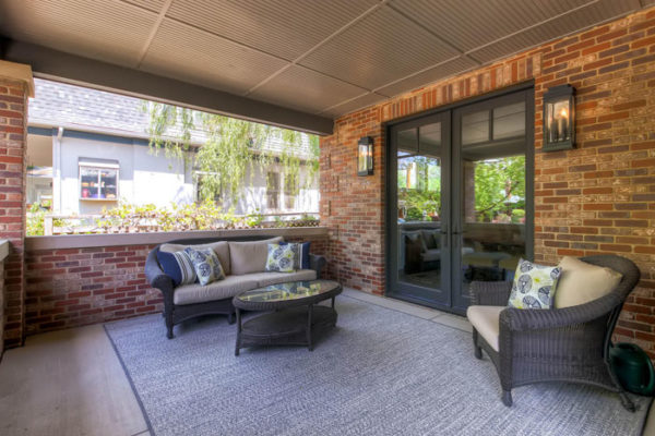 1026-S-Williams-Street-Denver-large-004-Front-Patio-1500x1000-72dpi