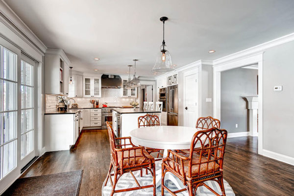 11-S-Franklin-Cir-Greenwood-large-012-Breakfast-Area-1500x1000-72dpi