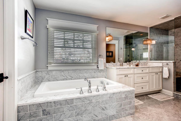 11-S-Franklin-Cir-Greenwood-large-018-Master-Bathroom-1500x1000-72dpi