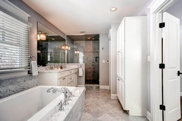 11-S-Franklin-Cir-Greenwood-large-019-Master-Bathroom-1500x1000-72dpi
