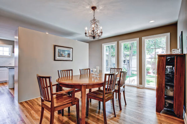 1344463420_Dining-room-with-new-floor-to-ceiling-windows
