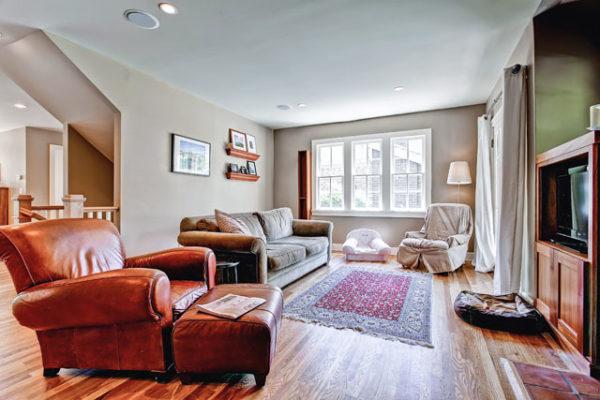 1344463463_Living-Room-with-white-oak-floors