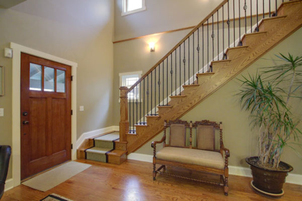 1344875759_Solid-red-oak-staircase