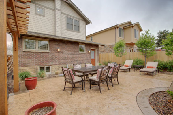 1344875766_Stamped-concrete-patio