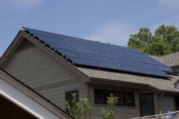 1344886197_5.4-kilowatt-solar-panel-array