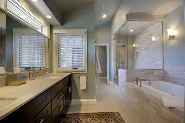 1344886202_Master Bathroom