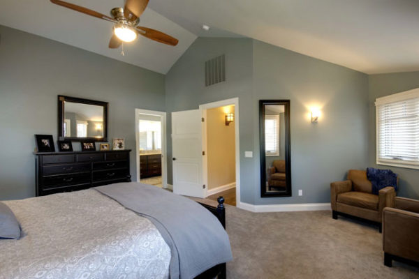 1344886202_Master-bedroom-and-sitting-area