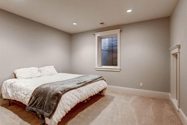 170-S-Hudson-St-Denver-CO-large-023-21-Lower-Level-Bedroom-1497x1000-72dpi