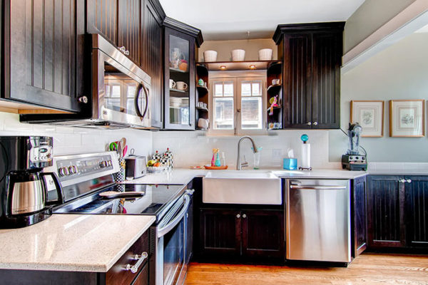 741-S-Sherman-Street-large-010-Kitchen-1500x1000-72dpi