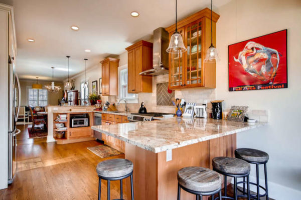 761-S-Clarkson-St-Denver-CO-small-013-24-Breakfast-Area-666x444-72dpi