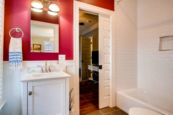 761-S-Clarkson-St-Denver-CO-small-018-23-Bathroom-666x444-72dpi