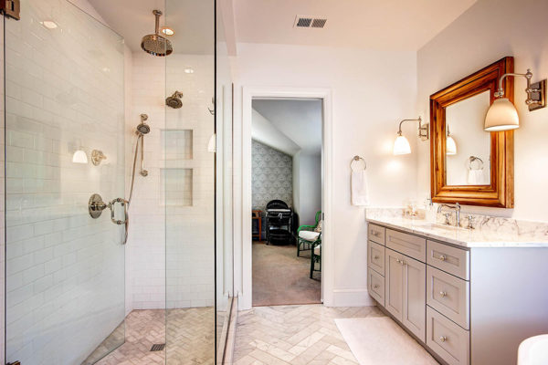 863-S-Williams-St-Denver-CO-large-019-26-2nd-Floor-Master-Bathroom-1500x1000-72dpi