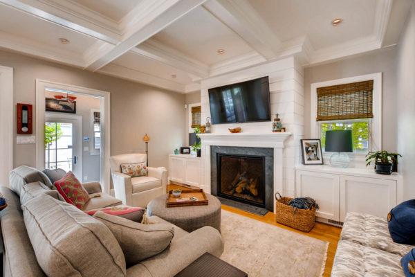 2217 S Clayton St Denver CO-large-011-8-Family Room-1500x1000-72dpi
