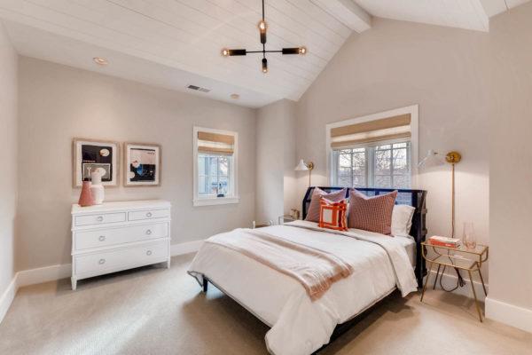 442 S Vine St Denver CO 80209-large-029-17-2nd Floor Bedroom-1500x1000-72dpi