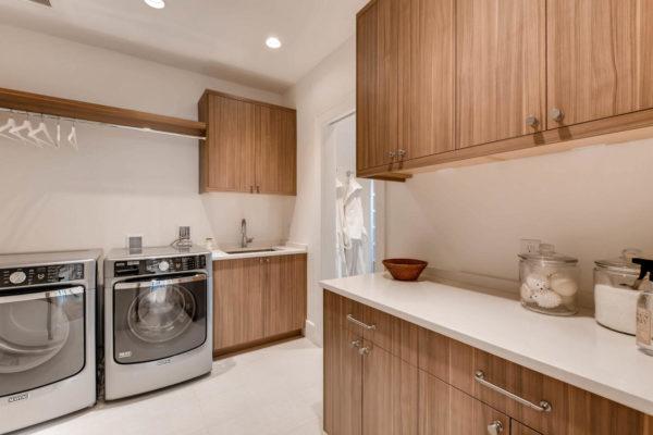 442 S Vine St Denver CO 80209-large-033-22-2nd Floor Laundry Room-1500x999-72dpi