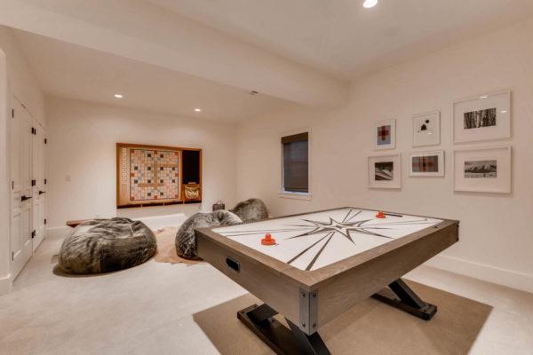 442 S Vine St Denver CO 80209-large-034-33-Lower Level Family Room-1500x1000-72dpi