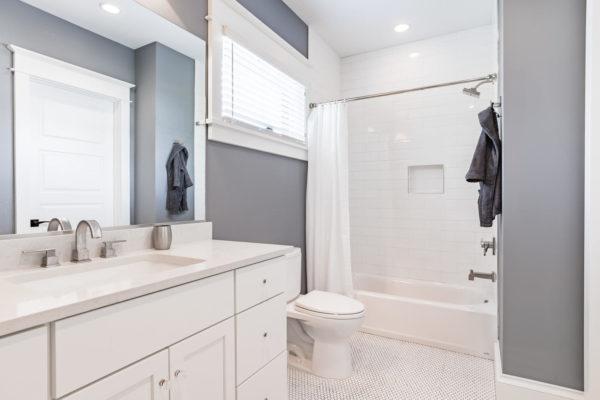 1026 S Williams St Denver CO-large-032-043-Bathroom-1497x1000-72dpi