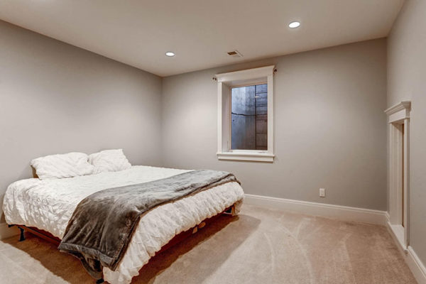 170-S-Hudson-St-Denver-CO-large-023-21-Lower-Level-Bedroom-1497x1000-72dpi
