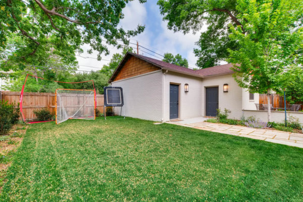2217-S-Clayton-St-Denver-CO-large-027-18-Back-Yard-1500x1000-72dpi