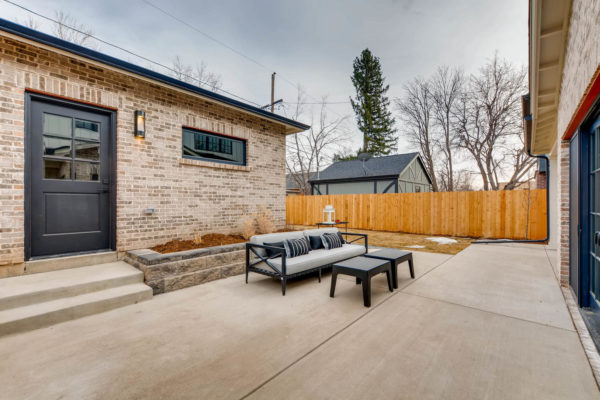 442-S-Vine-St-Denver-CO-80209-large-046-36-Patio-1500x1000-72dpi