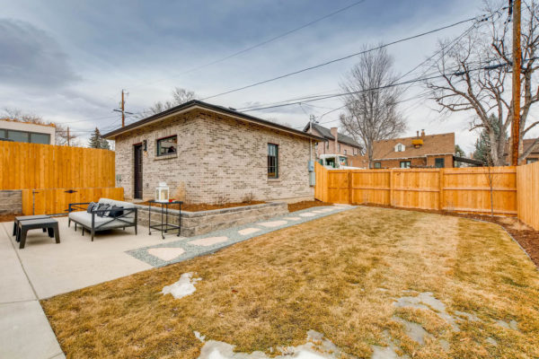 442-S-Vine-St-Denver-CO-80209-large-047-45-Back-Yard-1499x1000-72dpi