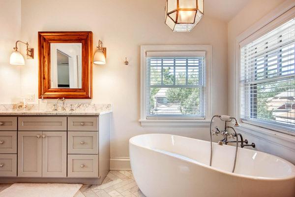 863-S-Williams-St-Denver-CO-large-018-14-2nd-Floor-Master-Bathroom-1500x1000-72dpi