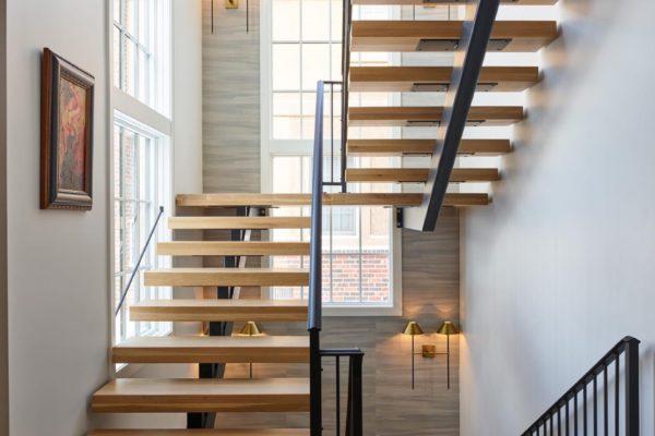 WEB_pam_1130gunlock_stairs_5850